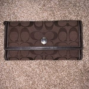 BARELY USED coach wallet